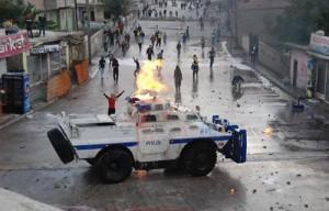 Lice Katliamn protesto-Manset