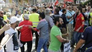 Tumulte_bei_Demo_waehrend_Erdogan-Rede_in_Wien-Euphorie_und_Kritik-Story-408770_470x266px_69036dba44da1e25087e26a0bb8238ef__46140873_jpg_1174539_470