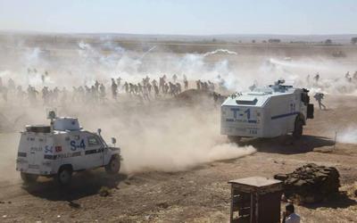 Kürt halkı 160 km'lik alanda nöbete başladı
