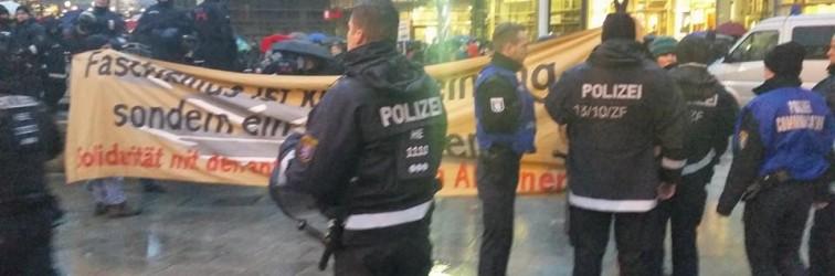 PEGİDA Irkçılarına Frankfurt'ta Geçit Yok
