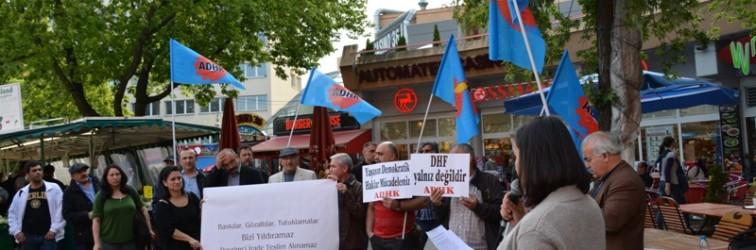 Faşist Saldırılar Berlin'de Protesto Edildi
