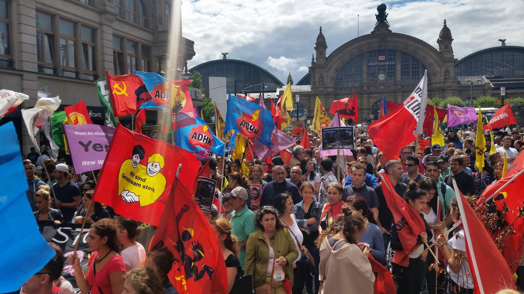 Faşist 'T.C' nin halklara karşı yürüttüğü savaş, Avrupa'da yapılan eylemlerle protesto edildi