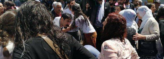 Faşizm hız kesmiyor, annelere tazyikli suyla saldırı